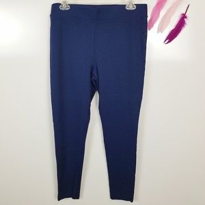 Size M | Vince Camuto Navy Seamed Back Leggings